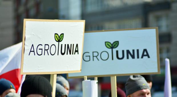 Działacze Agrounii protestują przed Ministerstwem Rolnictwa (wideo)