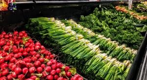 W 2020 roku wzrosły wydatki na owoce i warzywa