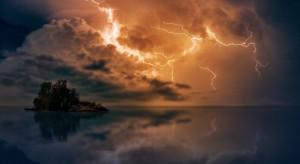 IMGW: wieczorem i nocą gwałtowne burze