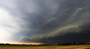 Lubelskie: IMGW ostrzega przed burzami z gradem