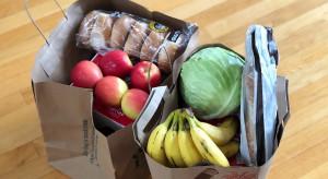 Bób, młode ziemniaki, czereśnie - jakie ceny w Lidlu i Biedronce?