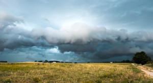 IMGW: w niedzielę pochmurno; możliwy deszcz, burze i grad