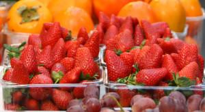 Polskie czereśnie, porzeczki, truskawki, borówki - ceny w dyskontach