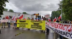 Rolnicy z Agrounii i rybacy blokują drogę na Hel