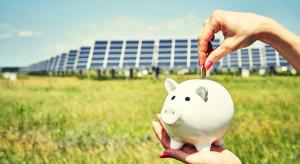 Co motywuje Polaków do inwestycji w panele fotowoltaiczne? (badanie)