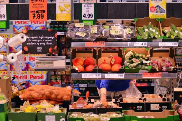 Borówki, polskie warzywa - jakie ceny w Lidlu i Biedronce?
