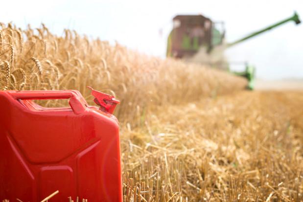 Rząd przyjął projekt noweli ustawy o zwrocie akcyzy zawartej w cenie paliwa rolniczego