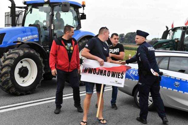 AgroUnia: blokujący dk 12 chcą spotkania z premierem
