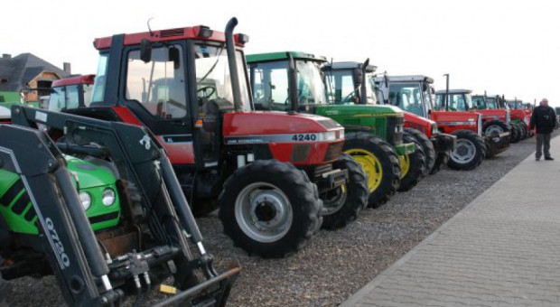 Sprzedaż ciągników w Polsce ciągle na wysokim poziomie