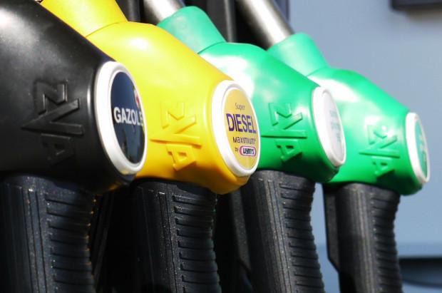 Analitycy: w przyszłym tygodniu ceny paliw raczej bez zmian
