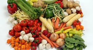 Owoce i warzywa najpopularniejszym źródłem witamin (badanie)