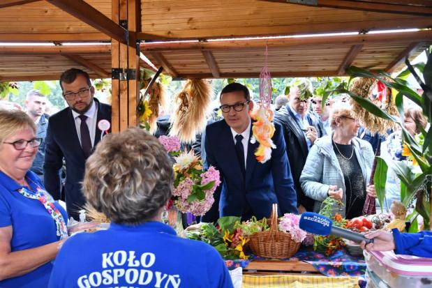 Premier oraz minister rolnictwa spotkali się w Bobolicach z rolnikami