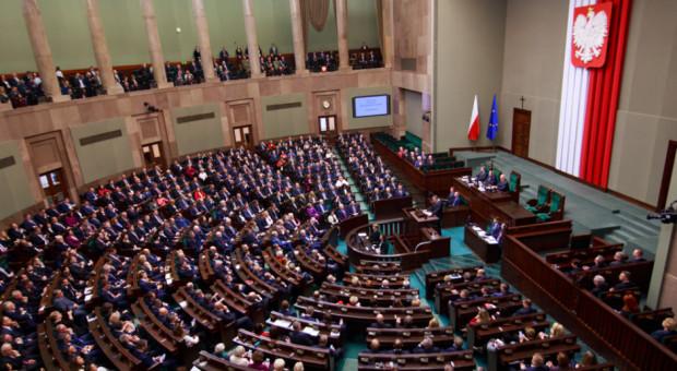 W Sejmie ustawy z Polskiego Ładu i wniosek o odwołanie ministra rolnictwa