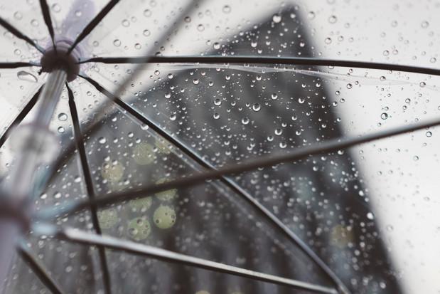 IMGW: W niedzielę rozpogodzenia na zachodzie; na wschodzie deszcz