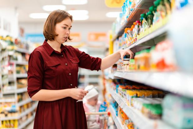 Ekonomiści: Ceny w sklepach nadal będą rosły