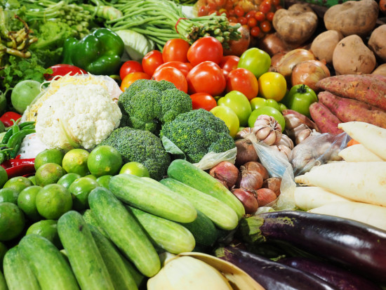 Rynek hurtowy: Tanieją warzywa z krajowych upraw