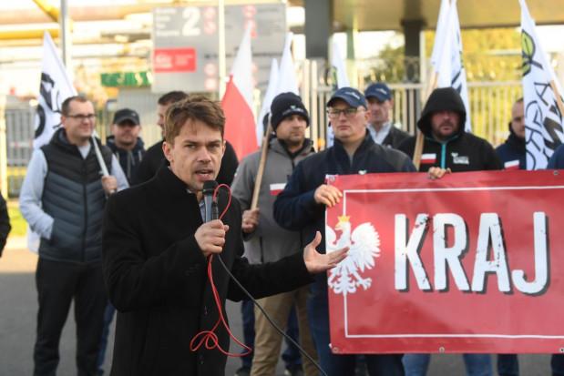 Protest AGROunii pod zakładem Anwil we Włocławku